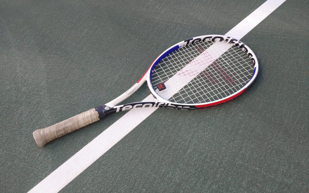 Transition from the baseline zone to the net: The importance of handling the racket properly